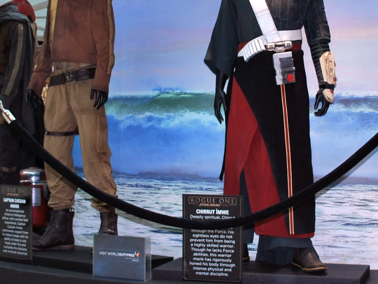 Starwars costumes at Gatwick